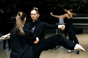 Teaching Carla Korbes in class, photo by Patrick Fraser