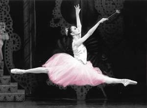 Sugarplum in Balanchine's Nutcracker, photo by Paul Kolnik